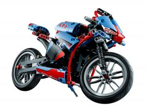 LEGO Technic 42036 Street Motorcycle front view 1
