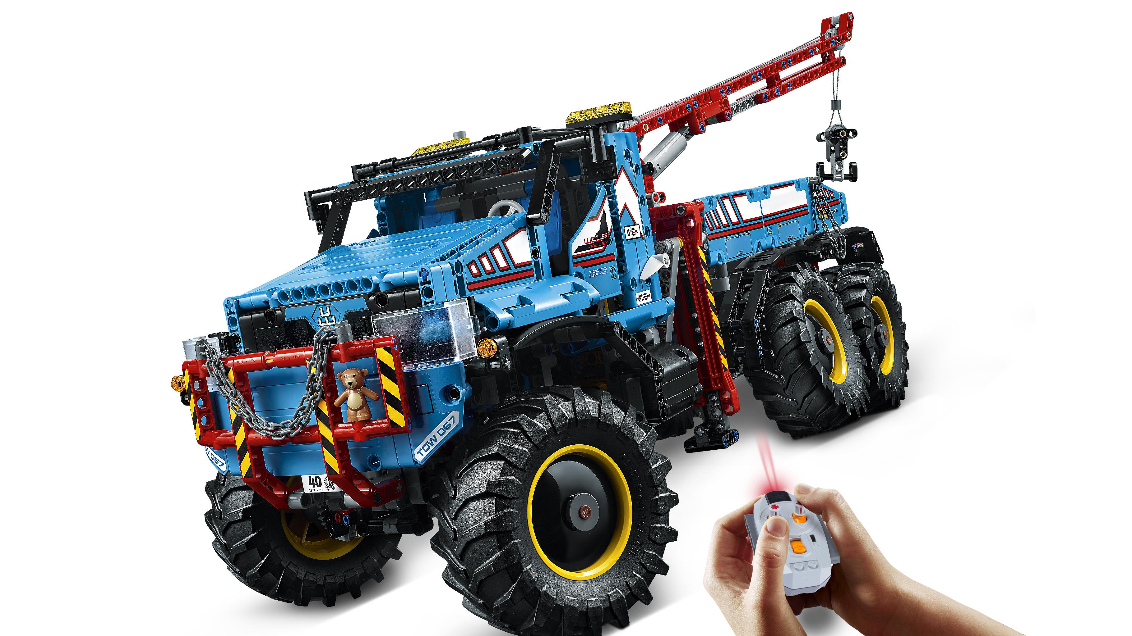 lego technic 42070 6x6 all terrain tow truck. Black Bedroom Furniture Sets. Home Design Ideas