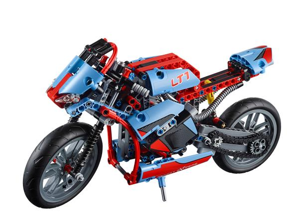 LEGO Technic 42036 Street Motorcycle front view 2